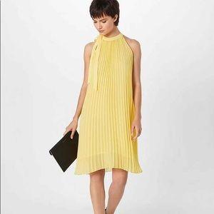 Minimum 'Sofila' Yellow Pleated Cocktail Dress